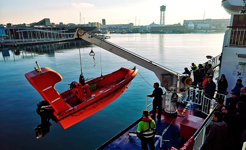 STCW - Rescue boats and fast rescue boats – A-VI/2-2