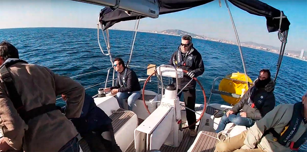 Sailing course in English - Escola Port  -Barcelona